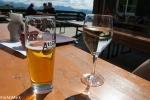 Bier und Wein zum Ausklang der Tagesetappe